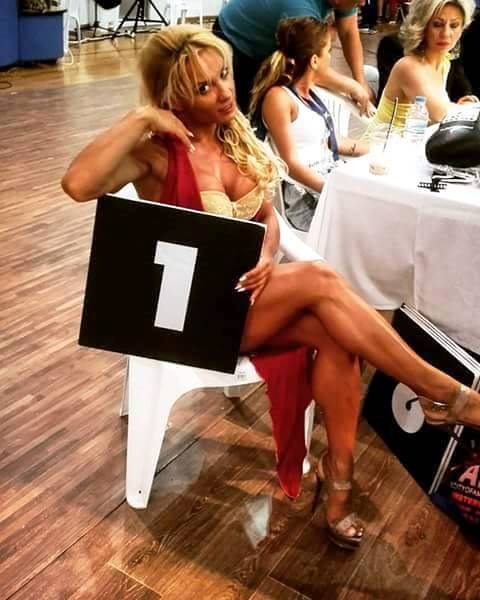 ring girl lilia3